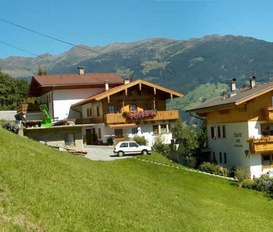 Holiday Apartment Zell am Ziller