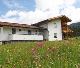 Holiday Apartment St. Martin am Tennengebirge