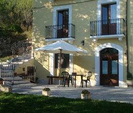 Holiday Apartment Santo Stefano di Sessanio