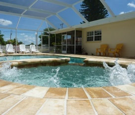 Holiday Apartment Cape Coral