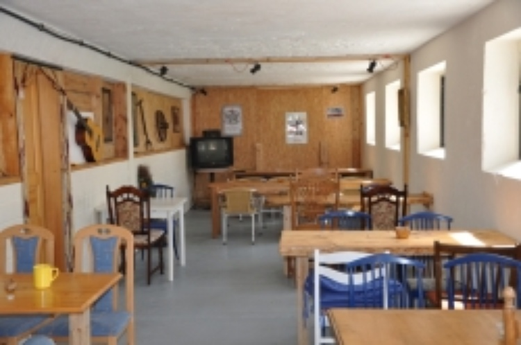Gästezimmer Wiek - OT Lüttkevitz, Mecklenburg-Vorpommern Hof ...