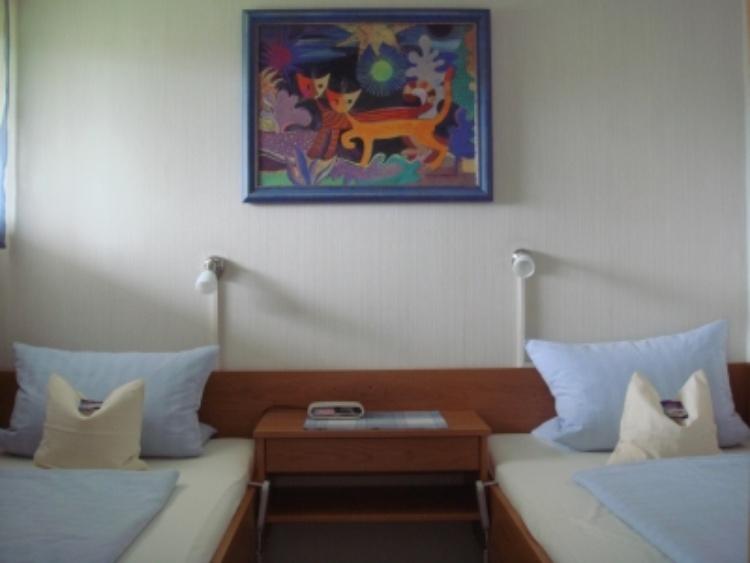ferienwohnung bad f ssing bayern kur und ferienapartment. Black Bedroom Furniture Sets. Home Design Ideas