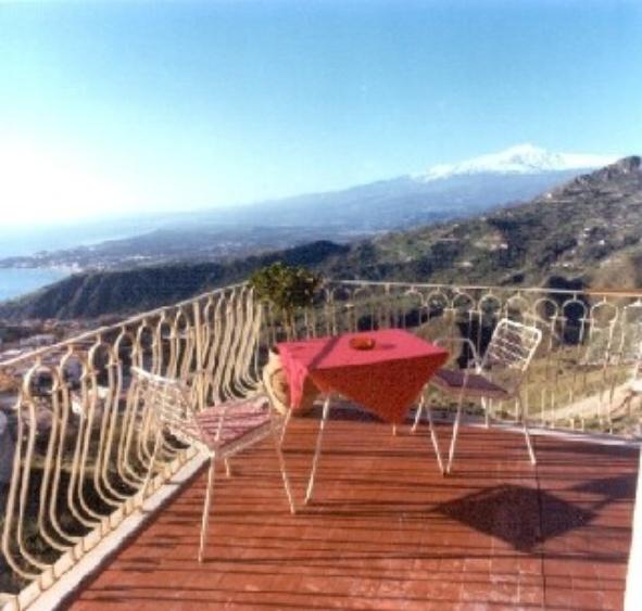 Taormina Ferienwohnung ferienhaus taormina sizilien villa erika ferienwohnung ferienhäuser