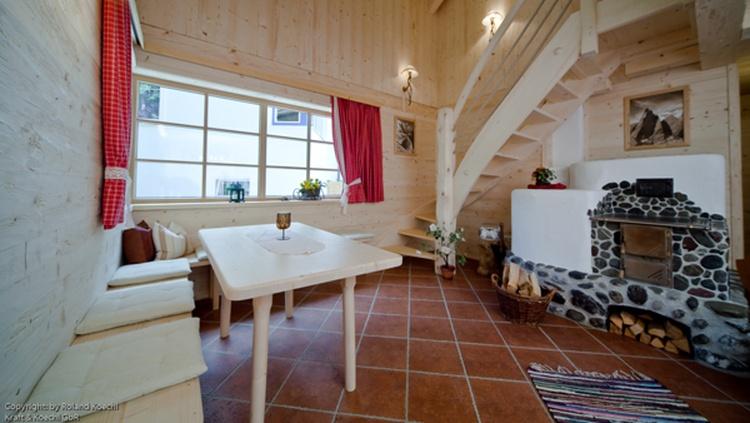 Hütte Grän, Tirol Komfort-Almhütte am Haldensee Ferienwohnung ...