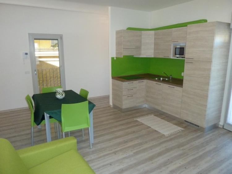 ferienwohnung malcesine gardasee ferienwohnung pistacchio. Black Bedroom Furniture Sets. Home Design Ideas