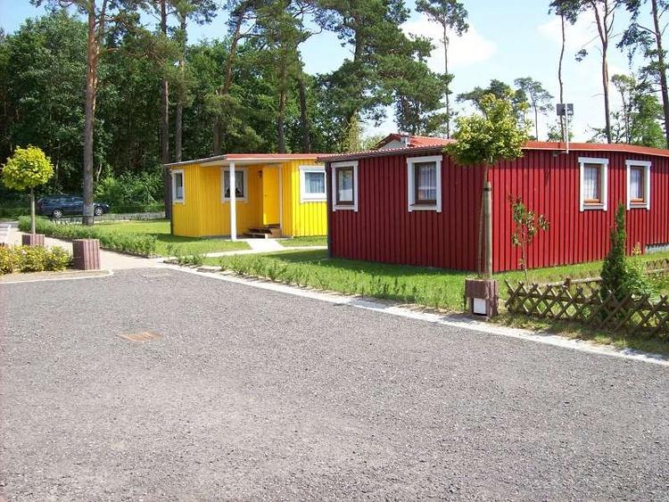 Ferienhaus ferchesar brandenburg bungalows im campingpark for Bungalow brandenburg