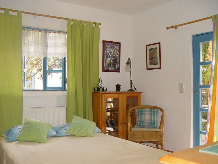 appartment aljezur algarve quinta verde ferienwohnung ferienh user ferienwohnungen urlaub auf. Black Bedroom Furniture Sets. Home Design Ideas