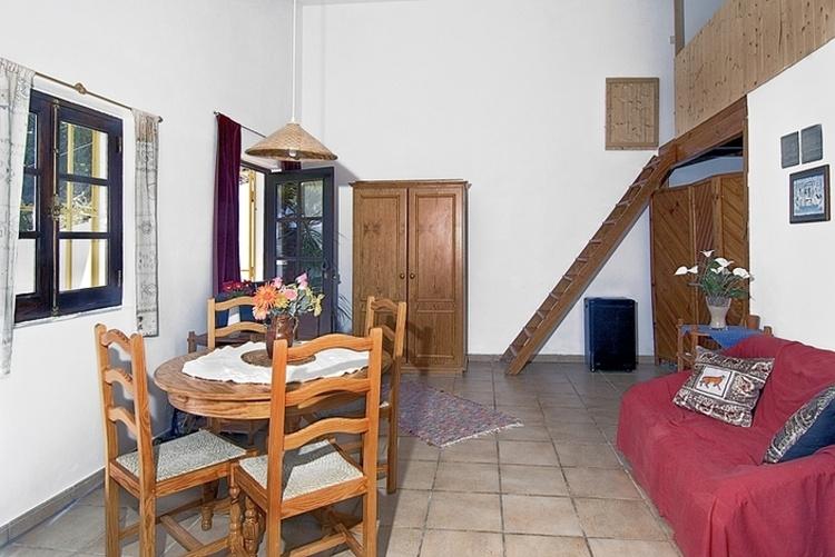 ferienhaus aljezur algarve ferienhaus casa palmeira in aljezur ferienwohnung ferienh user. Black Bedroom Furniture Sets. Home Design Ideas