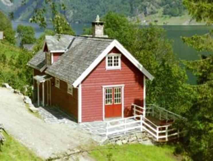 ferienhaus ulvik west norwegen sjohagel o ferienwohnung. Black Bedroom Furniture Sets. Home Design Ideas