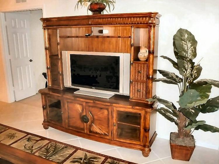 Insgesamt 3 TV's in der Wohnung.