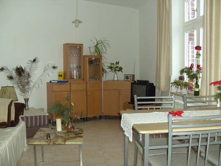 sittingroom, 1st floor, flat no. 2