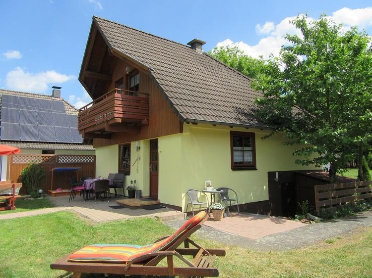 Liebevoll eingerichtetes Ferienhaus für Familien oder Freunde.