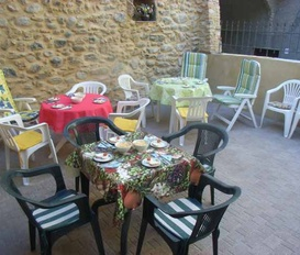Holiday Apartment Cisano sul Neva