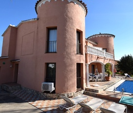 holiday villa Empuriabrava