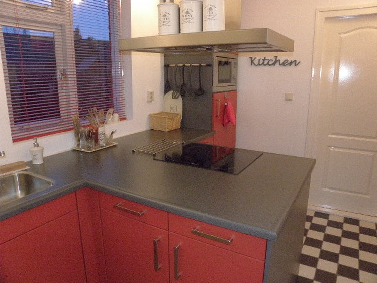 Well equiped kitchen with dishwasher, micro wave, freezer, cooler, coffee machines, water boiler