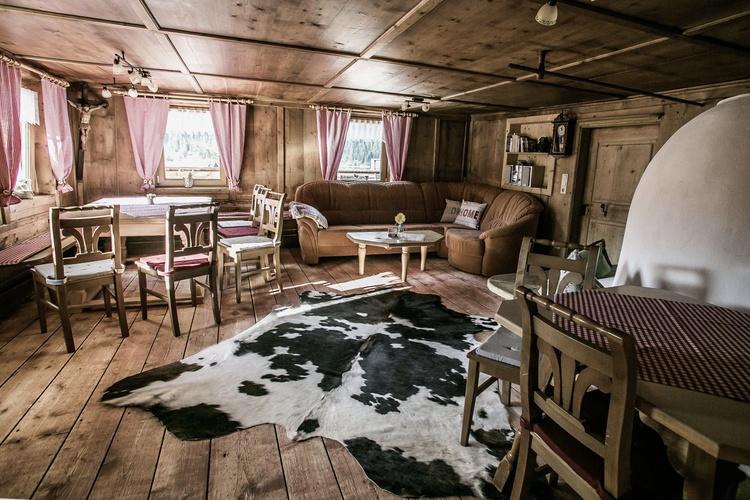Gute alte Stube ( Hüttenflair) im Romantikferienhaus am Brändle