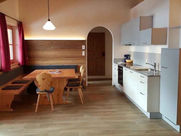 Küche App 3 Zirm