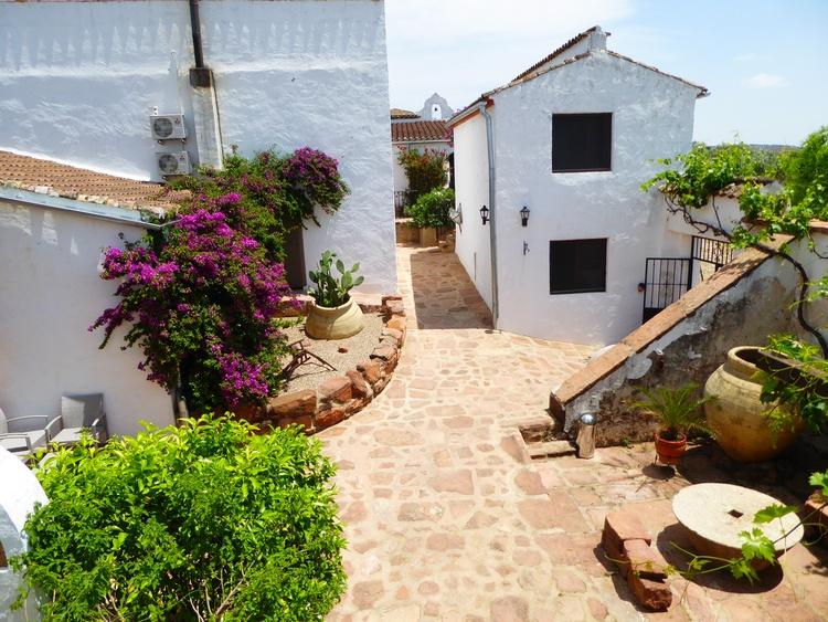 Patio - on the left guestroom Granada
