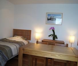 guestroom GROSVILLE