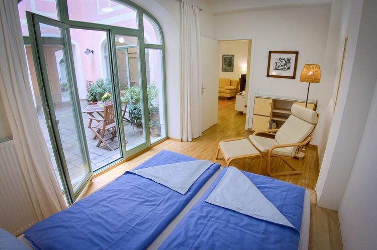 Sleeping room, door and window direction Patio