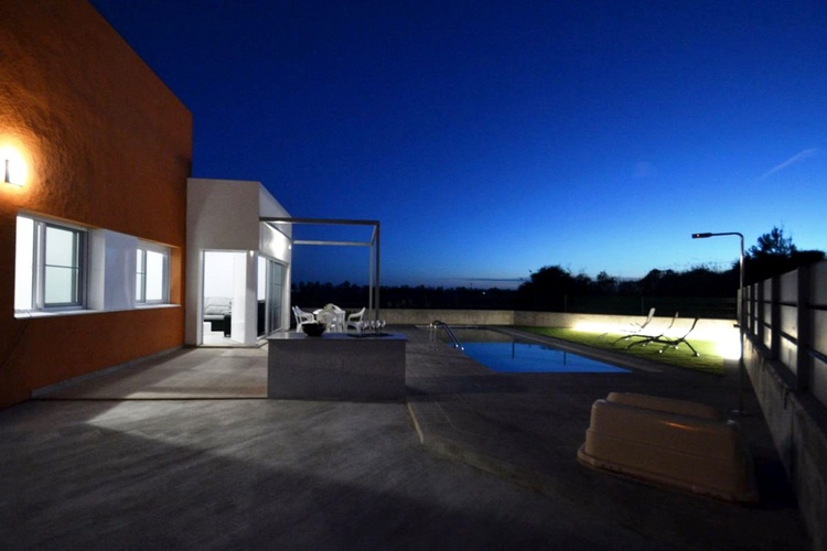 Top modern Casa Marti