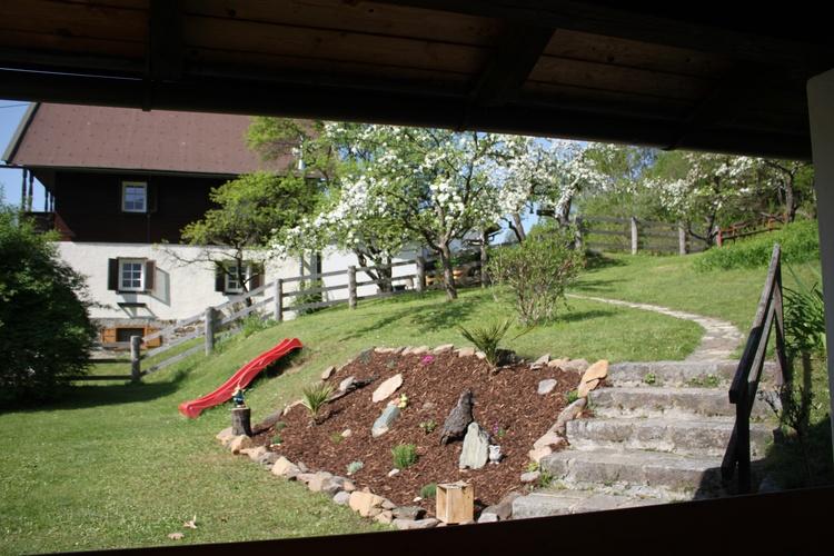 Garten: Kräuter&Äpfel zum sellber pflücken