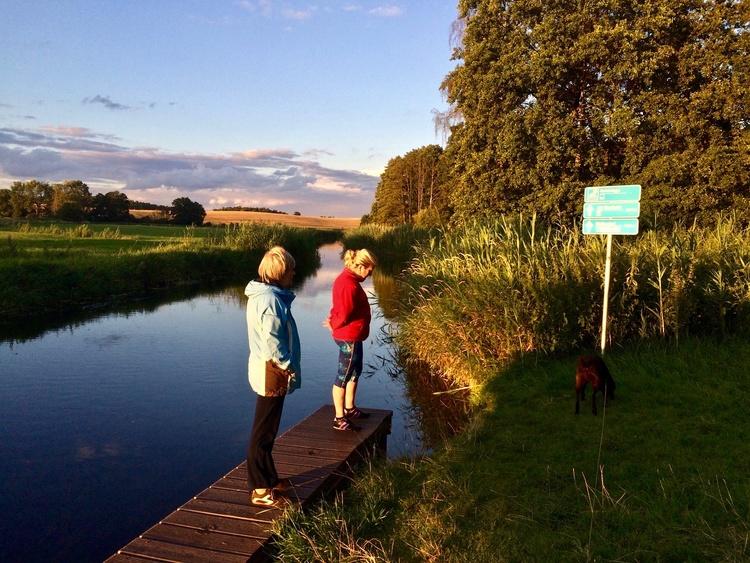 By canoe: Schönlager See (300 meters), River WARNOW (900 meters) - Trailer is easy to pull