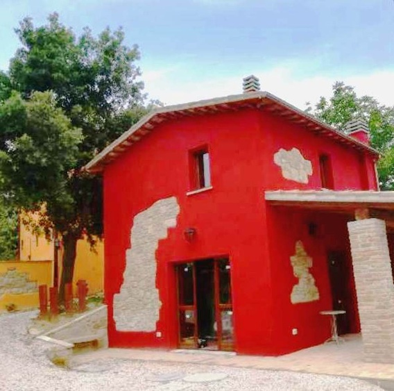 A cottage inside the Borgo