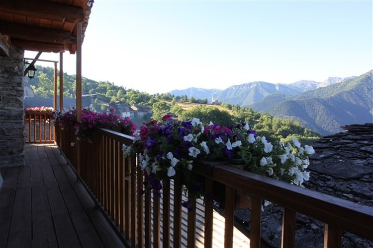 Panoramic balcony of ISABELLA apartment