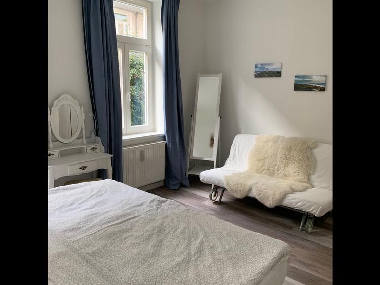 2th Sleeping Room with Sleeping sofa
