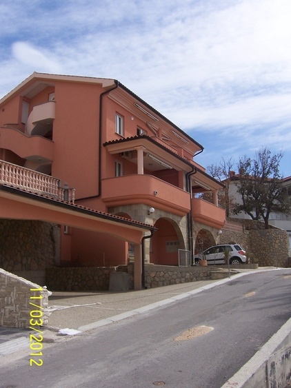 House with apartments