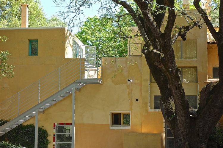 apart. ivy down left, apart mosaik left, apart oak upstairs
