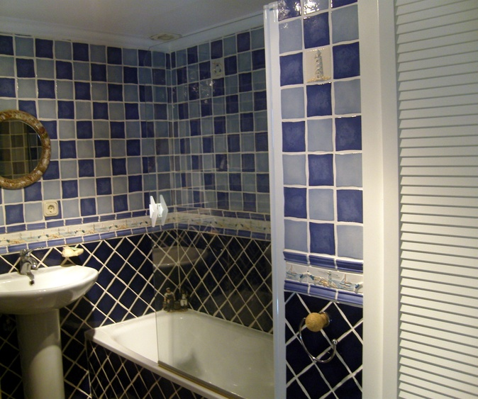 Family Bathroom Designed In A Nautical Theme.