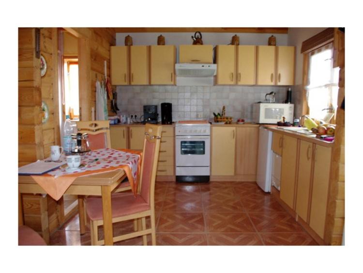 Küche voll ausgestattet mit allem was Sie im Urlaub benötigen