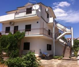 Holiday Apartment Pirovac