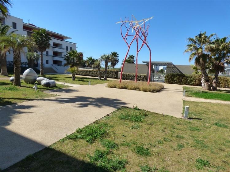 Gartenanlage mit Schwimmingpool