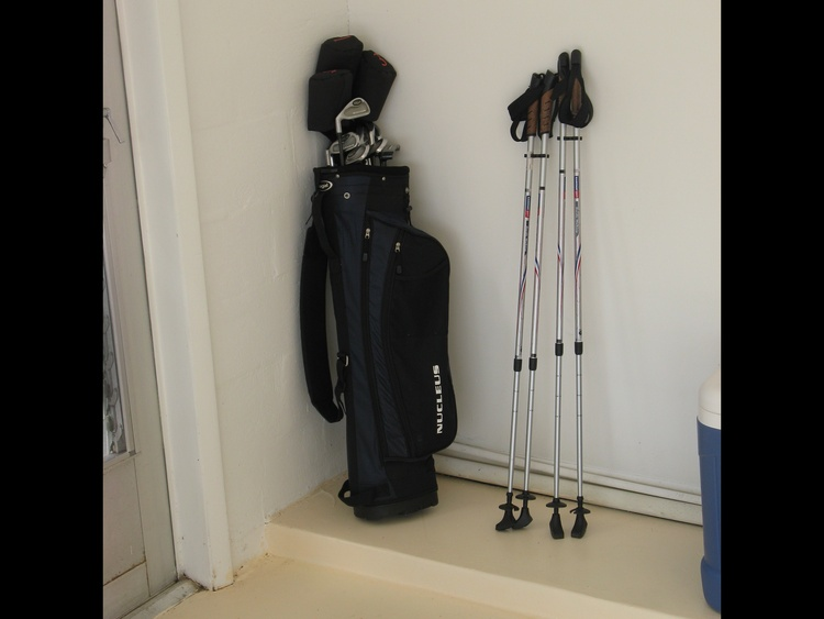Eine unserer Golfausrüstungen und Walking Stöcke