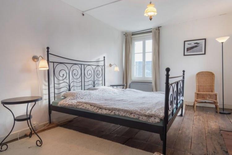 Drei grosse Schlafzimmer mit Doppel-betten