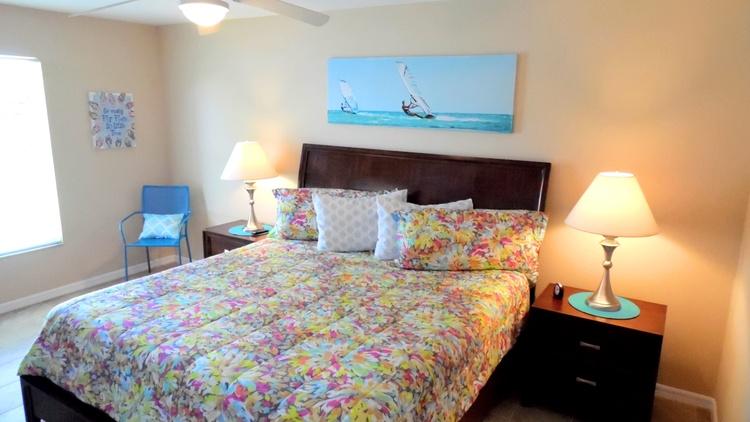 1. Gaesteschlafzimmer  (King Size Bett)