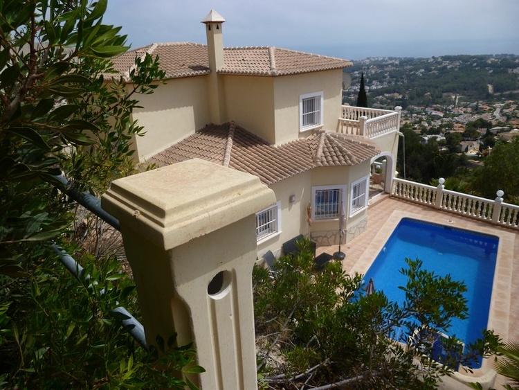 Villa Miraflores - Privatpool, Meerblick, Garten, freies W-Lan
