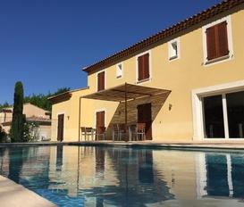holiday villa Montélimar