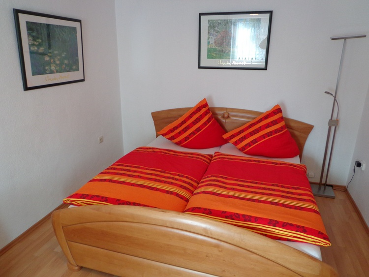 Der Hauptschlafraum mit gr. Doppelbett