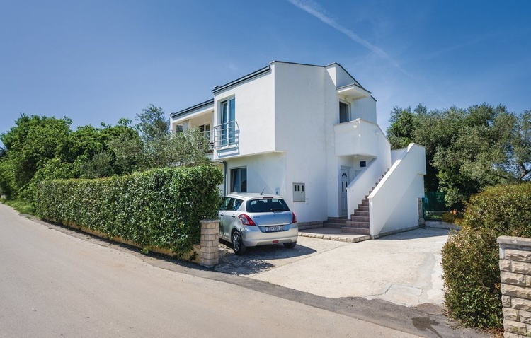 Holiday haus Marija with 2 separate apartments