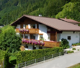 Holiday Apartment Klösterle am Arlberg