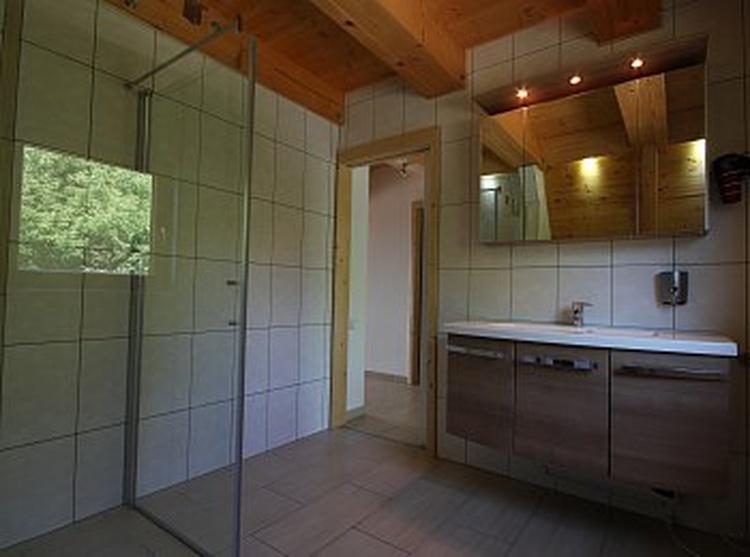 Badezimmer Untergeschoß