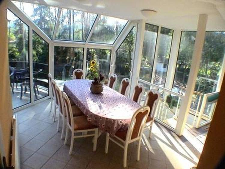 oberer Wintergarten - Tisch