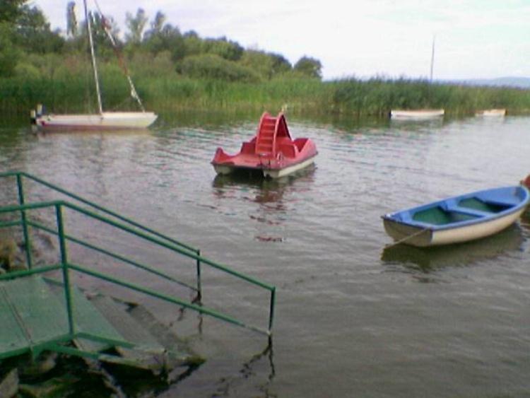 Unsere Bucht mit Vermietbooten