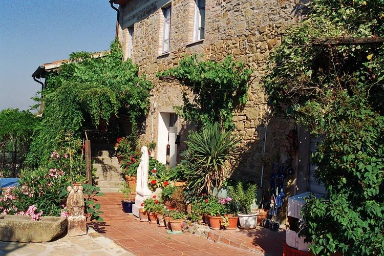 Villa La Rogaia main house