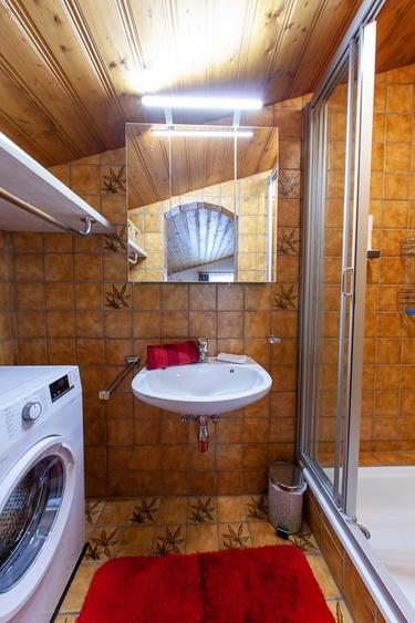 bathrom 2