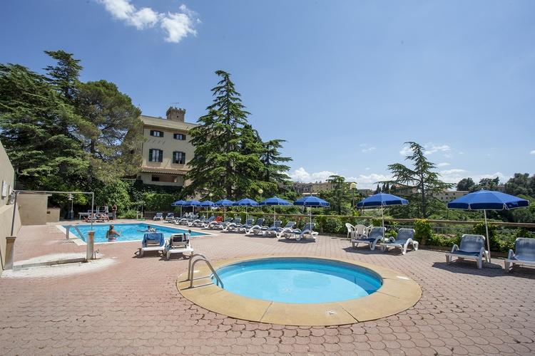 Residenz Villa Elena. Schwimmbad